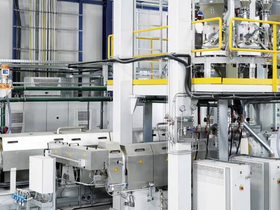 Injection Moulding | Injection Moulding Hall | Plastic